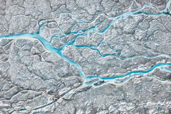 "@Catherine Edelman Gallery: Daniel Beltra's ""Greenland #10, 2014 digital chromogenic dye print"""