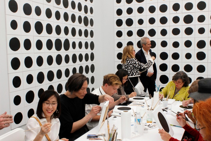 "@Gavin Brown's Enterprise: Jonathan Horowitz's ""700 Dots"" photo courtesy of www.wmagazine.com"
