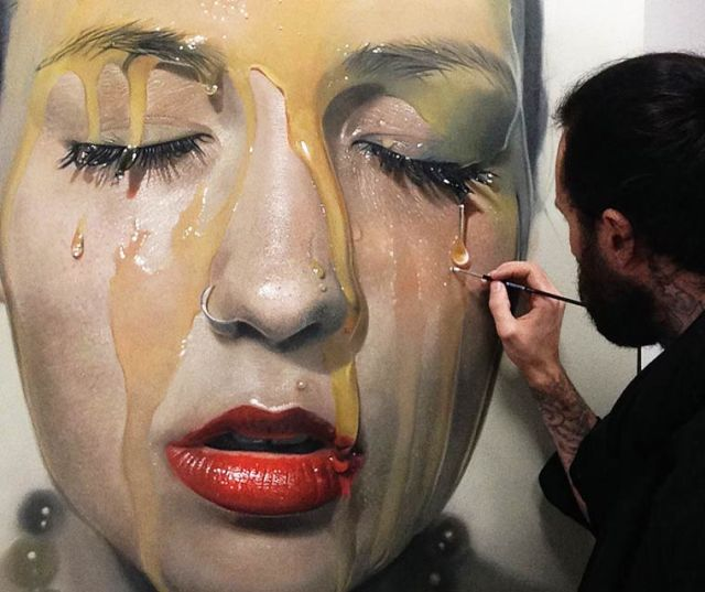 Hyperrealist painting by Mike Dargas
